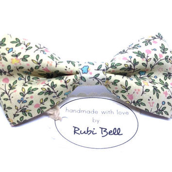 Bow Tie - floral bow tie - wedding bow tie - beige bow tie with small floral pattern - grooms bow tie