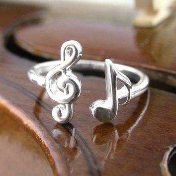 Treble Clef and Eighth Note Ring in Sterling Silver, Adjustable