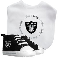 Bib & Prewalker Gift Set - Oakland Raiders