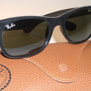 RAY BAN RB2132 901 52[]18M SHINY BLACK G15 UV GLASS WAYFARER SUNGLASSES NrMINT