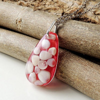 Pink Shells Necklace, Pink & Cream Shells Resin Pendant, Resin Jewelry, Shell Jewelry Jewellery, Quirky Jewelry, Upcycled Recycled, UK (299)