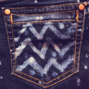 Upcycled Denim Bleach Zig Zag Design Shorts - Size 13