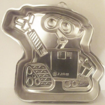 Disney Pixar Wall E Wilton Cake Pan Birthday Party Robot Bakeware 2105-9999