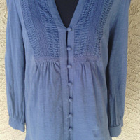 Blue Women's 80's Hippie / Boho blouse/ shirt/ top. 8 button front, Size medium. Cotton long sleeves v neck hippie style excellent condition