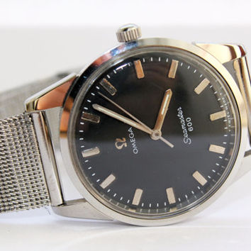 Vintage Omega Seamaster 600  Mechanical Mens Manual Wind Cal 601 Black Dial Swiss Watch
