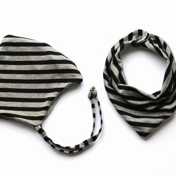 Set of beanie and drool bib cotton black grey stripe newborn boy pixie hat hospital hat baby bonnet