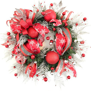 Red Silver Christmas Wreath, Red Christmas Wreath, Red Holiday Wreath, Christmas Door Decoration, Holiday Door Wreath, Holiday Decor, wreath