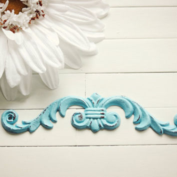 Ornate Iron Scroll / Shabby Chic Cast Iron Scroll / Victorian Scroll / Metal Wall Hanger / Metal Wall Decor / Customize Colors