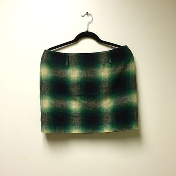 90s Preppy Plaid Wool Blend Miniskirt - Tartan Green