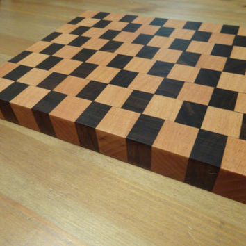 Handmade Hardwood end-grain staggered checkered cutting board