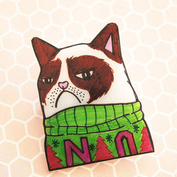 Grumpy Cat / Sweater Cat / Ugly Christmas Sweater Shrink Plastic Brooch
