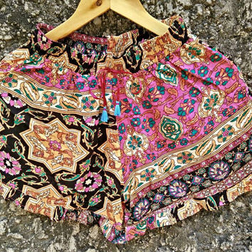 Vintage Floral Ruffle Hem Shorts Boho Summer Clothing Bohemian Hippies Retro Styles Festivals outfit Clothes Gypsy Folk chic for pink brown