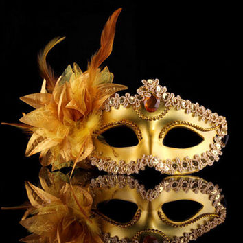 Halloween Venice Half Face Lily Feather Mask Fancy Ball Party Princess Mask Masquerade Masks Female Ladies Big Flower Golden
