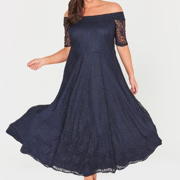 Zaylee Lace Maxi Dress Navy