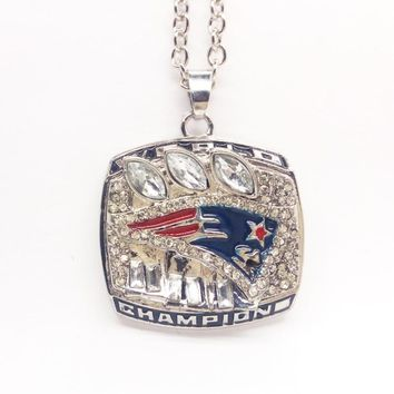 2004 New England Patriots Pendant Necklace