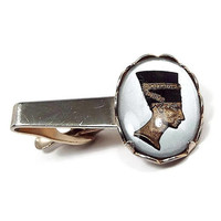 Nefertiti Tie Clip, Egyptian Revival, Mid Century 1960s 60s, Glass Cameo, White Black Brass and Gold Tone, Mens Jewelry