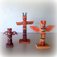 3 COOL TOTEM POLES / Vintage 1960s Instant Collection Set of 3 Native American Hand Carved Hand Painted Wood and Ceramic Totem Pole Figures