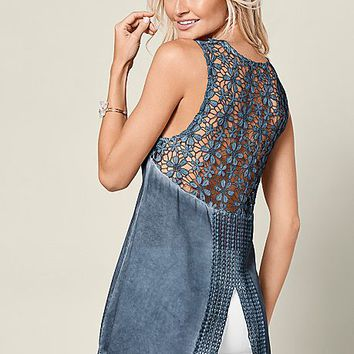 Smokey Blue Lace V-neck High Low Top from VENUS