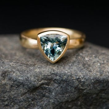Aquamarine Ring - Natural Trillion Cut Aquamarine Set In 18 Carat Satin Finished Yellow Gold - Made to fit - Free Shipping