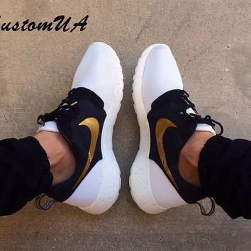 Custom Nike Roshe Run men's athletic running shoes