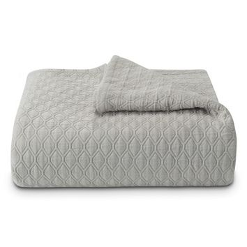 Vera Wang Puckered Diamond Matelassé Coverlet | Nordstrom