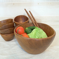 Large Wood Salad Bowl Set, 1970s Teak Wood Salad Bowl and Utensils, Mid Century Mod Fruit Bowl, Large Wooden Serving Bowl