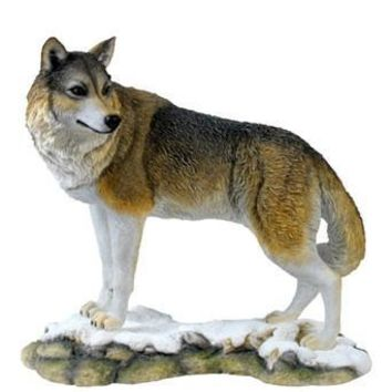 Lone Wolf Statue - 8395
