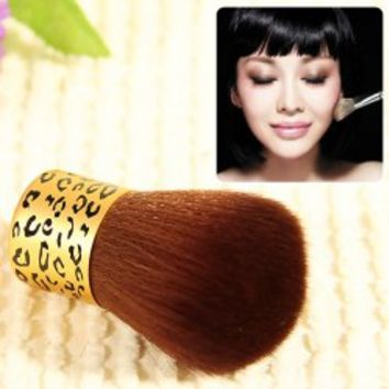 Fashion Short Handle Cylindrical Shape Blusher Powder Brush with Leopard Pattern