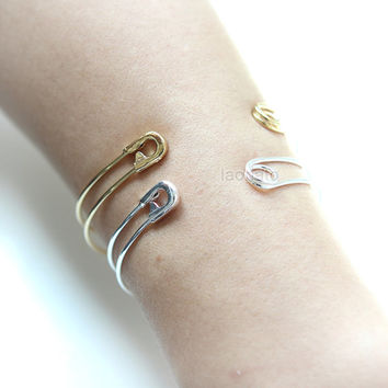 Safety Pin Bangle / Choose your color- gold and silver