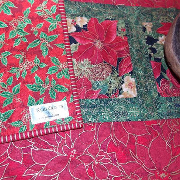 Christmas Poinsettia Table Runner Quilt