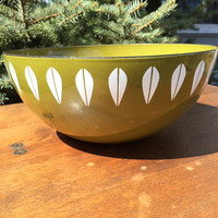 "Vintage Catherineholm Norway 11"" Small Lotus Avocado Green Enamel Serving Bowl"