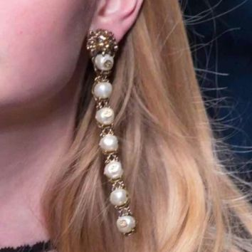 GUCCI New fashion retro more pearl long personality earring women accessories