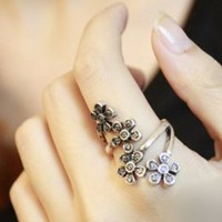 Fresh Stylist Little Flowers Girls Rings : Wholesaleclothing4u.com