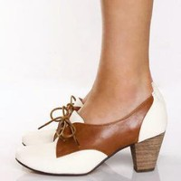 Chelsea Crew Susan White and Tan Tie Up Oxfords - $61.00