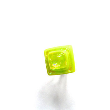 Lime green dichroic glass ring, Mexican style, stepped pyramid shape, tequila, sterling silver adjustable ring, 925 silver