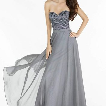Alyce Paris - Prom Collection - 6687 Dress
