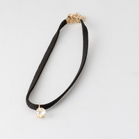 2016 New Trendy Female Choker Necklaces With Imitation Diamond Minimalism Design Jewelry Accessories Rope Neck Collar  for Women