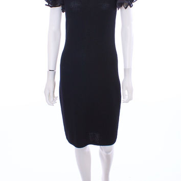 ST. JOHN BY MARIE GRAY Round neckline Flounce Short Sleeve Fitted body to dress Black Knit Cocktail Dress sz 02