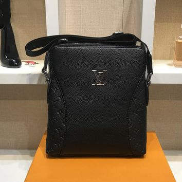 LV Louis Vuitton Fashion Leather Men Office Bag Crossbody Shoulder Bag Satchel