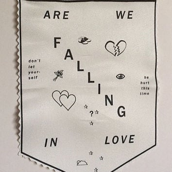 Twin Peaks theme song inspired Falling Wall Banner - wall hanging, David Lynch, mini banner