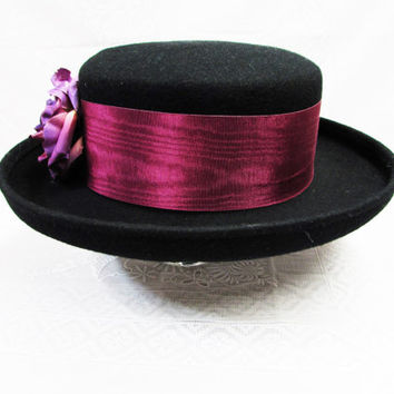 Vintage Black Wool Felt Hat | Turned Up Wide Brim Flat Round Crown Ladies Hat | Purple Cranberry Accent