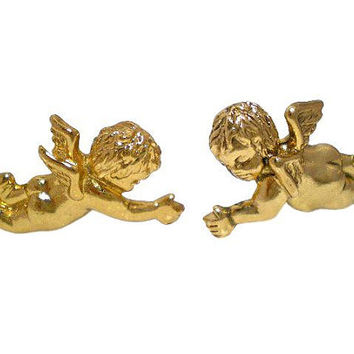MINT. Vintage MOSCHINO golden cute angel flying earring. Rare jewelry masterpiece. Great gift idea