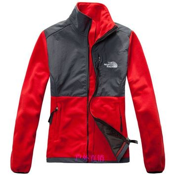 THE North Face New winter women red plus velvet jacket to keep warm