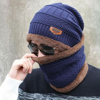Men / women Unisex Knitted Hat And Scarf Set With Fur Lining