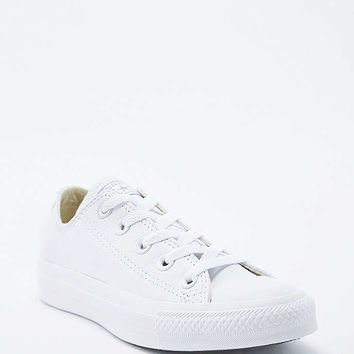 Converse Chuck Taylor Low White Leather Trainers - Urban Outfitters