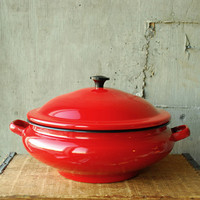 Vintage Red Enamel Casserole Dish Stock Pot  Peacock Brand by vint