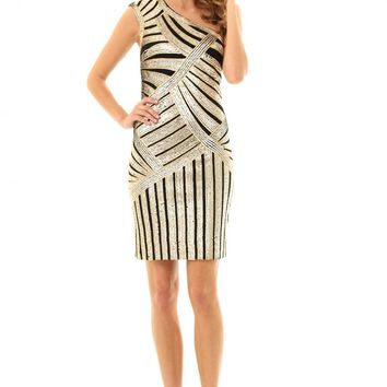 JD293 Turn heads in this stunning one shoulder