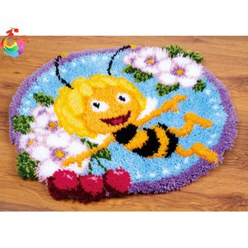 Bee Latch hook rug kits Carpet embroidery Threads embroidery mats rugs carpet Needlework embroidered carpet crafts home decor