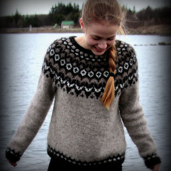 Icelandic Sweater, Lopapeysa, Handmade, 100 % pure Wool, Custom made, Oatmeal, Brown, White, Black,  Warm, Cozy, Knit