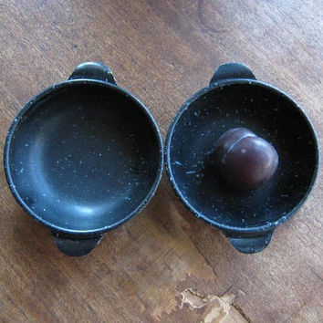 Pair of Speckled Black Melamine Bowls; Chili/Dessert/Side Salad-Size Handled Black Melmac Bowls; MCM Glam Casual/Tiki Party/BBQ Bowls